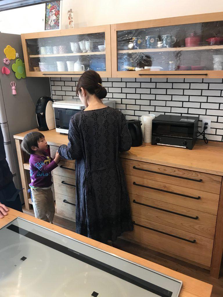 愛知県 碧南市のアイランドキッチン スタジオママル 2020 アイランドキッチン シンプルモダン キッチン 碧南