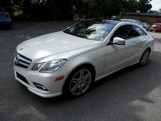 2010 Mercedes-Benz E550 Coupe - Price US$ 37.950,00