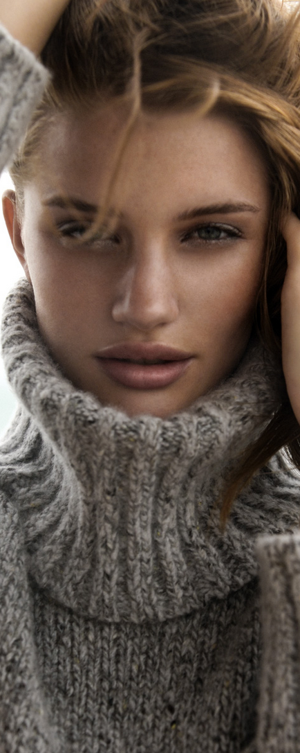 Rosie Huntington Whiteley by Gabor Jurina