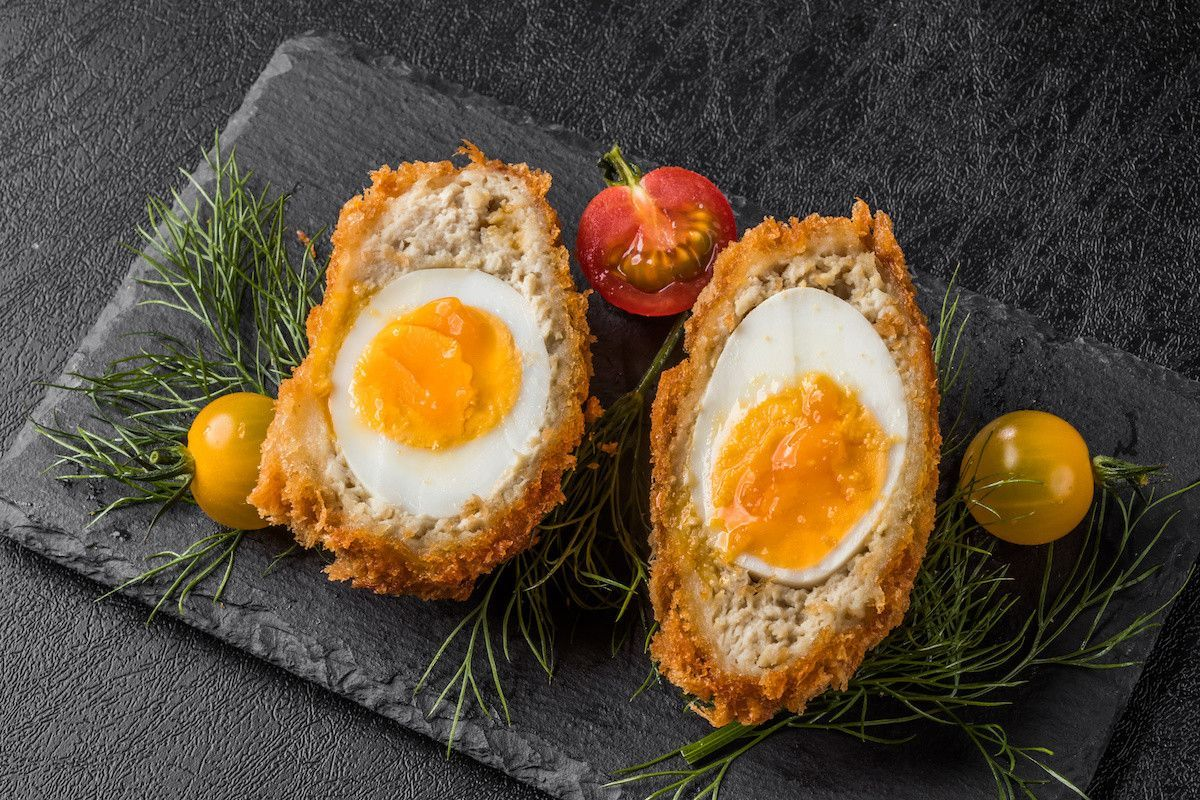 How to Make a Scotch Egg: Tips and Easy Scotch Egg Recipe #scotcheggs How to Make a Scotch Egg: Tips and Easy Scotch Egg Recipe #scotcheggs