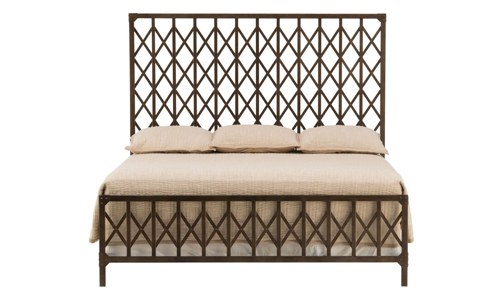 Metalworks King Metal Bed | Arquitectura