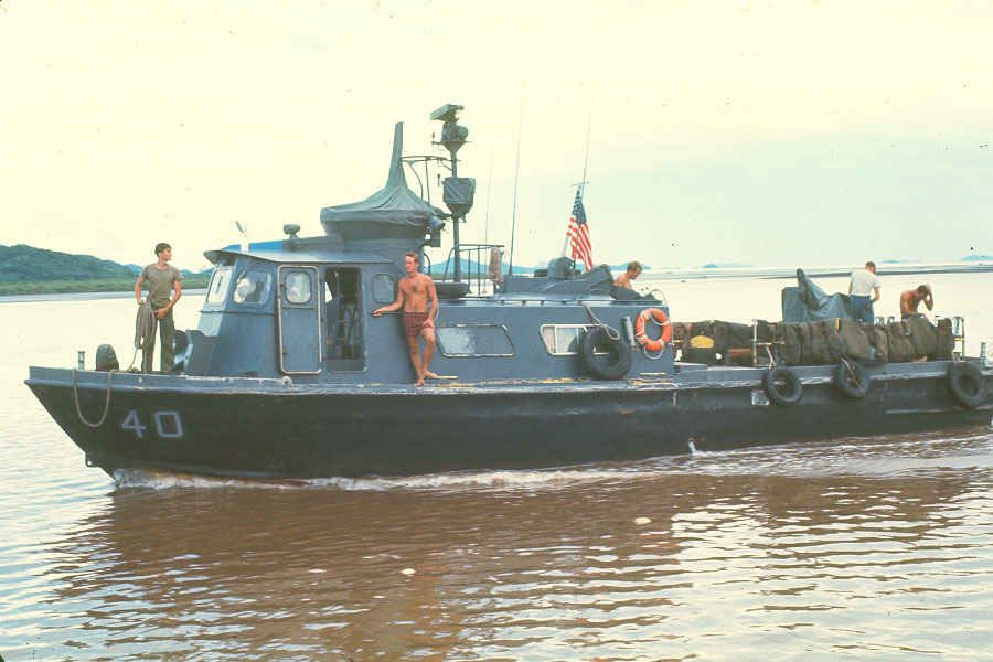 The Swift Boats of the Brownwater Navy in Vietnam | Vietnam war photos, Brown  water navy, Vietnam