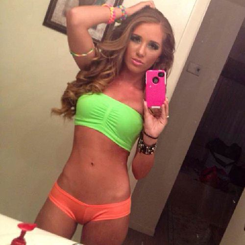 fitness selfies Sexy girls
