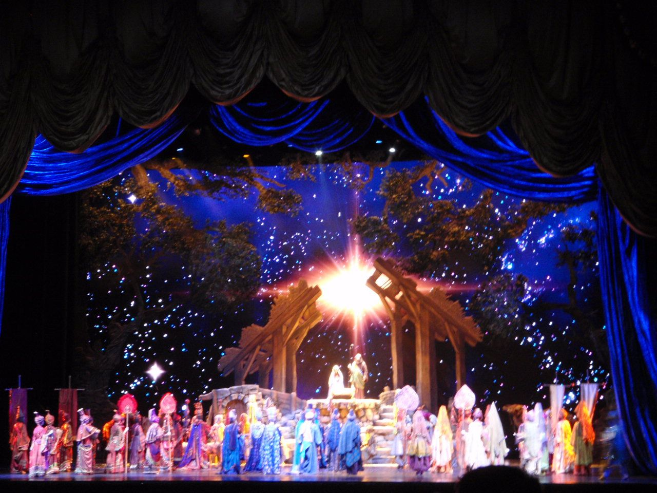Radio City Christmas Spectacular in New York | Travel | Pinterest | City