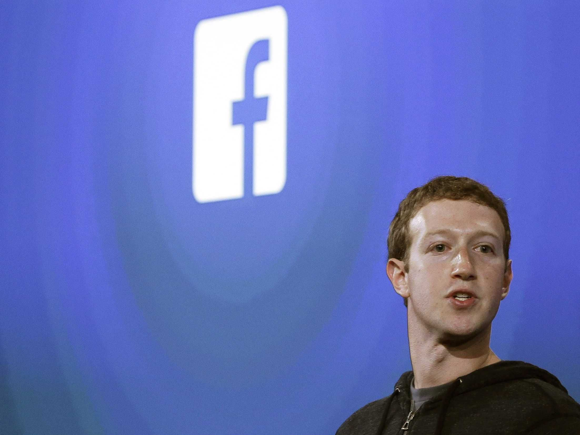 Facebook CEO Mark Zuckerberg Just Vehemently Denied Giving The Government Direct Access To Facebook Servers