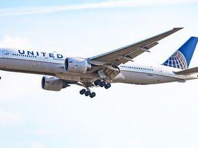 Flights: Alarmed plane passenger spots hidden camera ...