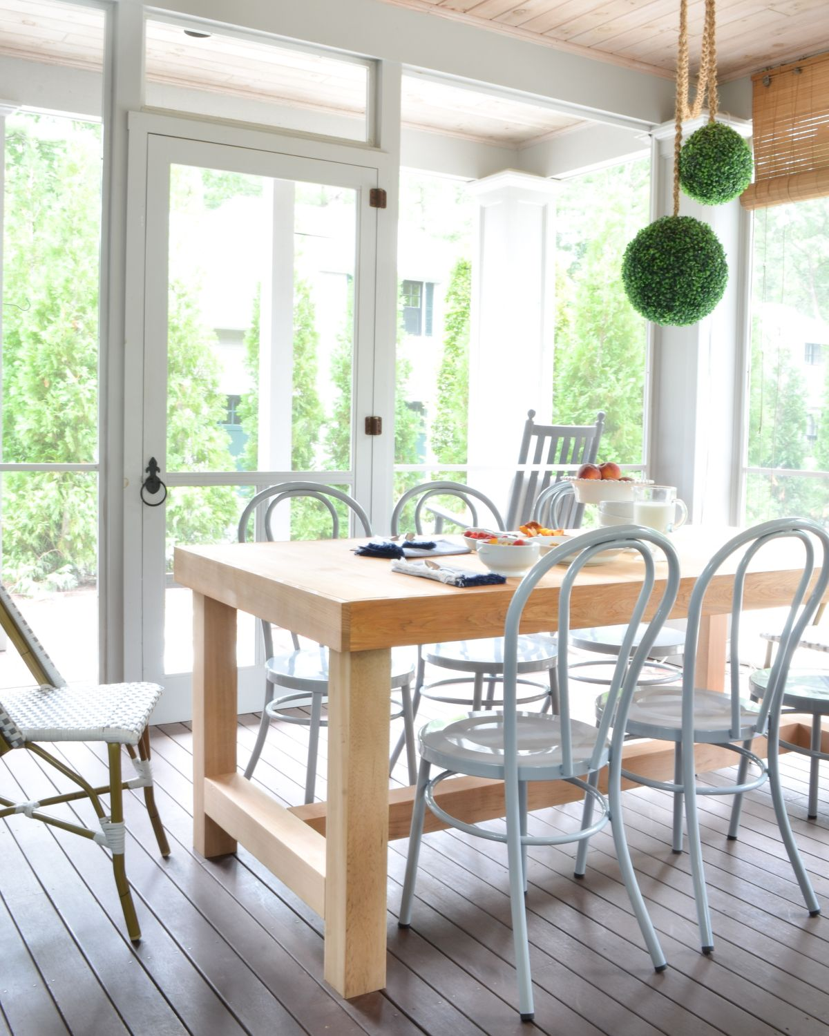 Screened Porch Updates   Metal Bentwood Chairs And A DIY Dining Table