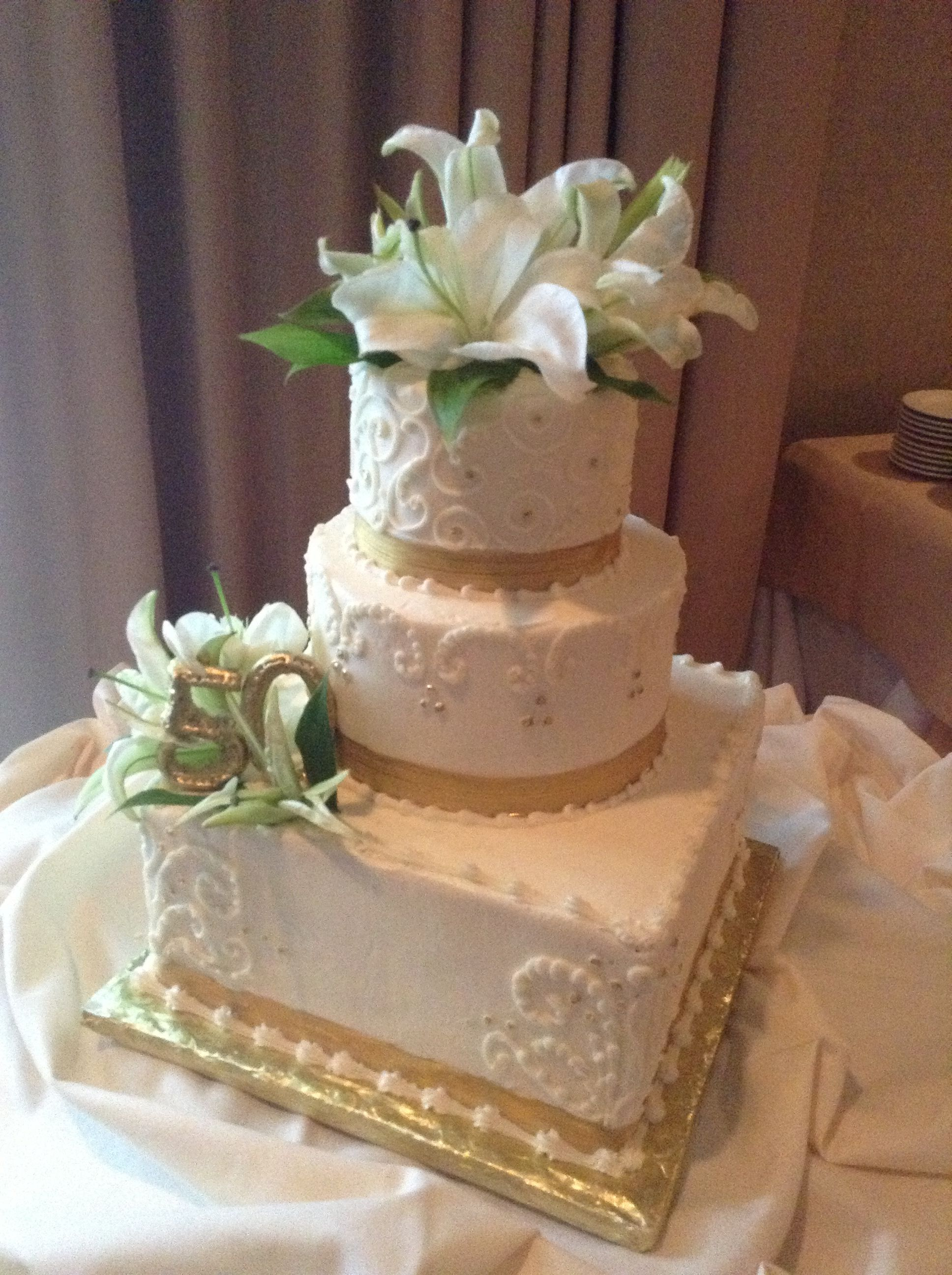 50th wedding decorations ideas  th wedding anniversary cake  th Anniversary  Pinterest