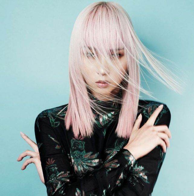 Taglio capelli medio lunghi lisci moda 2020