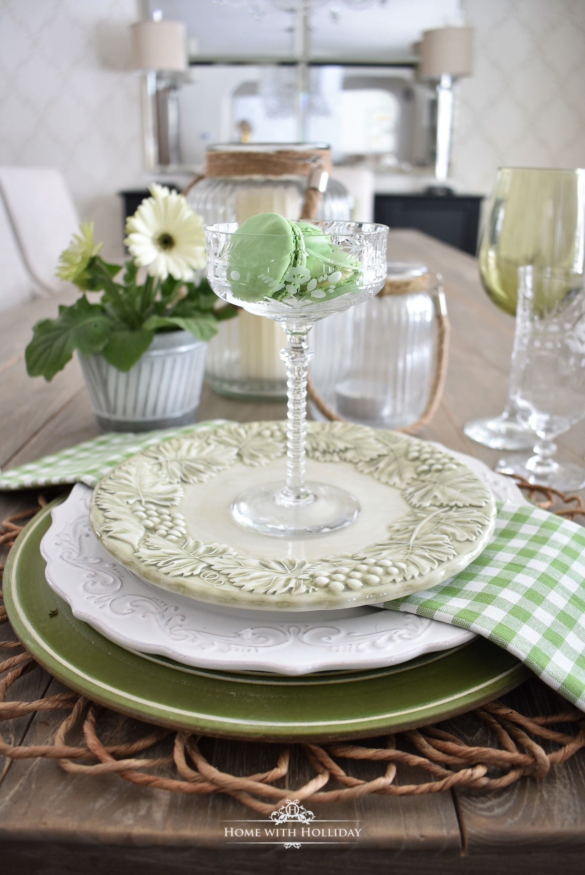 Green Table Setting Ideas Home With Holliday Green Table Settings Formal Table Setting Green Table