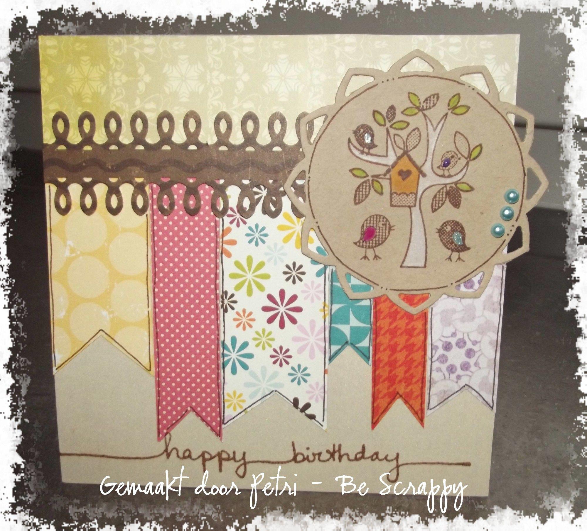 Scrapkaartje met restjes papier