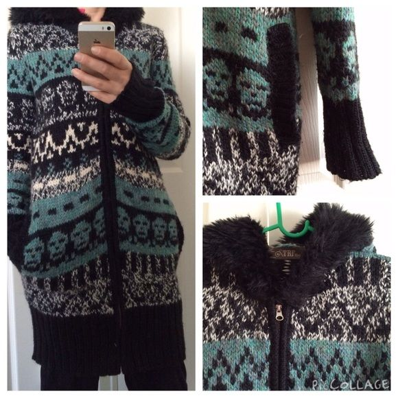 Zara Chunky Knit Cardigan Hooded Cute long knit cardigan with two front pockets and fake fur hood. Great worn condition. No defects. Acrylic/Wool/Polyamide blend. Zara Jackets & Coats