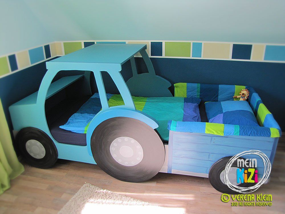 das traktorbett haben wir aus mdf platten selbst gebaut und lackiert auch die pl ne daf r. Black Bedroom Furniture Sets. Home Design Ideas