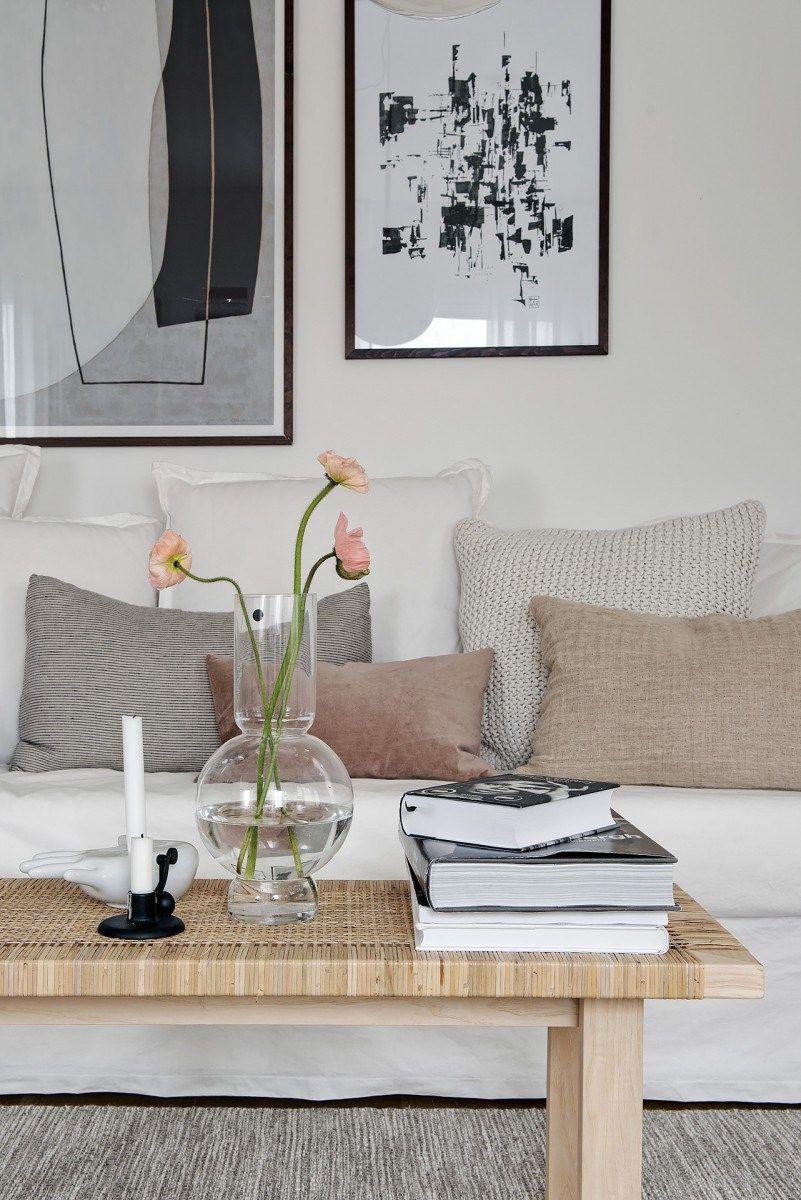Diseño, luz y amplitud en un pequeño ático sueco   Planta abierta ...