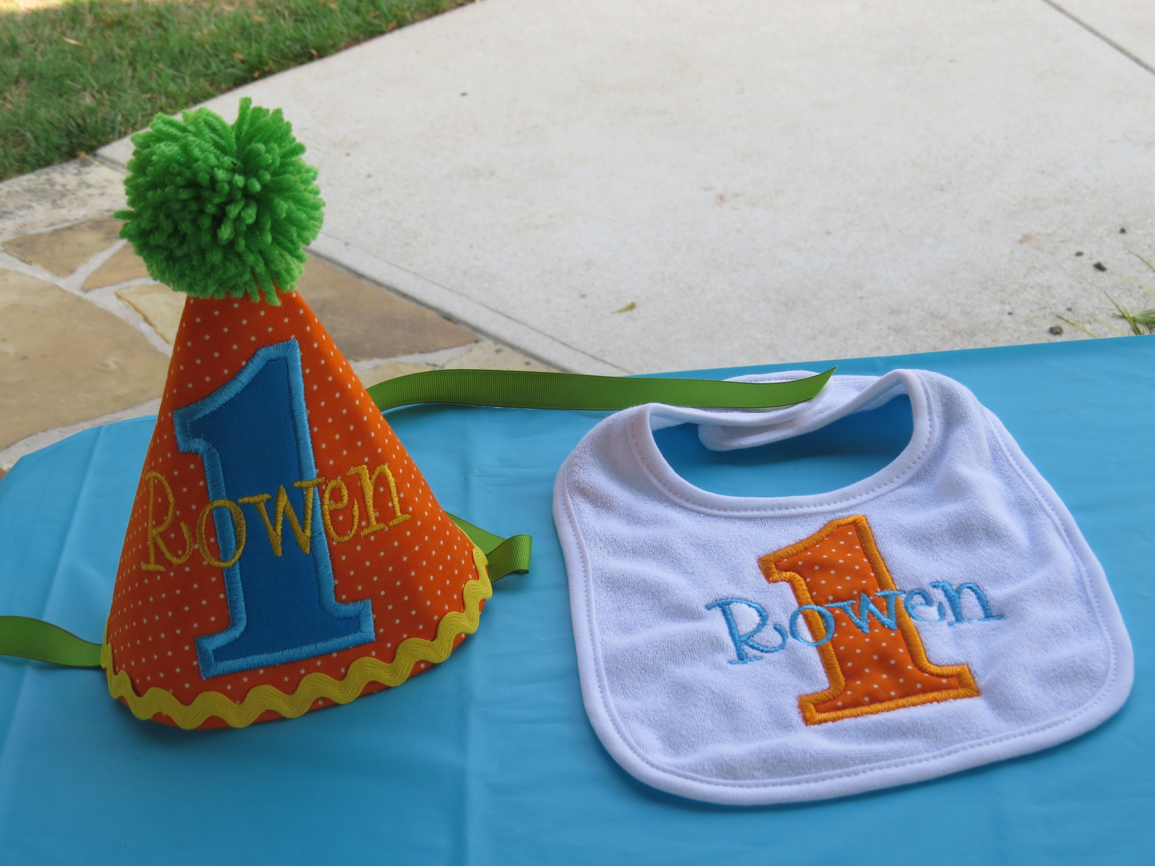 1st Birthday Hat And Bib Buttons Bowties