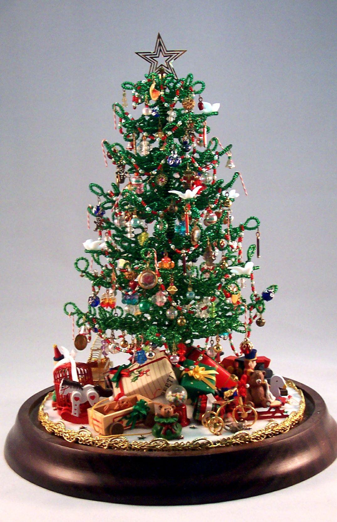 Beaded miniature Christmas Tree Miniature christmas