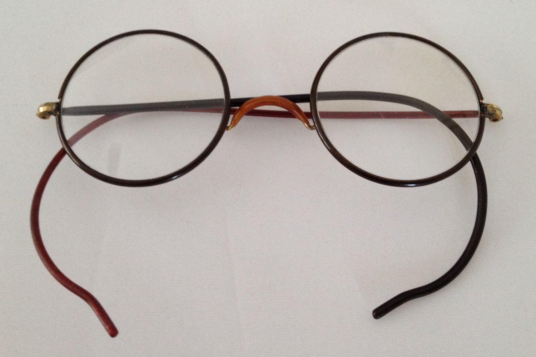 Round Metal Frame Glasses by HiddenTreasureHunter on Etsy | Vintage ...