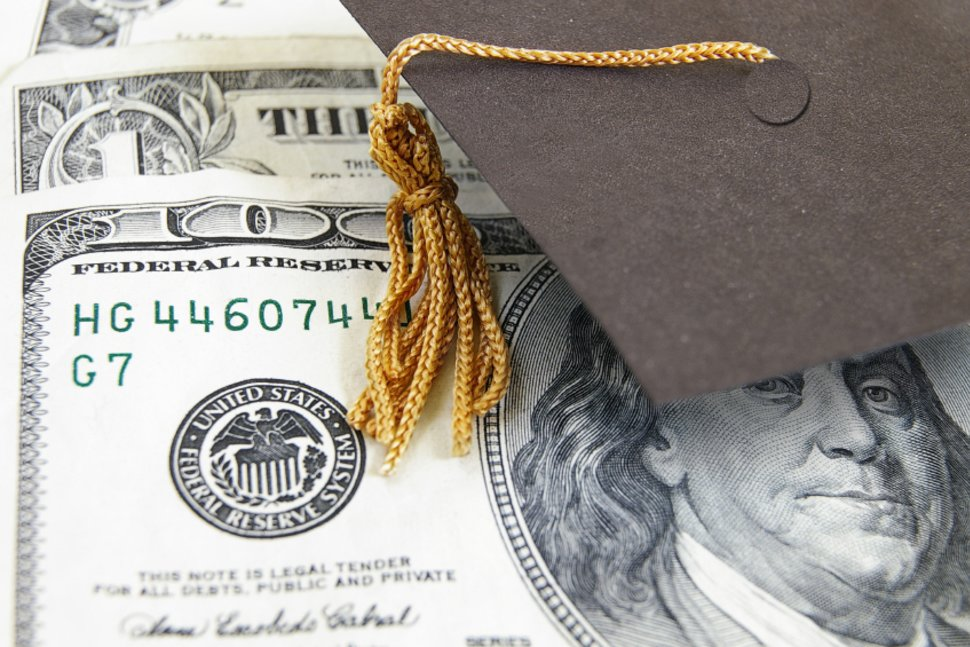 10 Reasons to Attend a Community College Scholarships