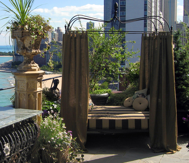 Urban Garden Design: Roof Deck, Day Bed, Urban, Garden, Landscape, Design