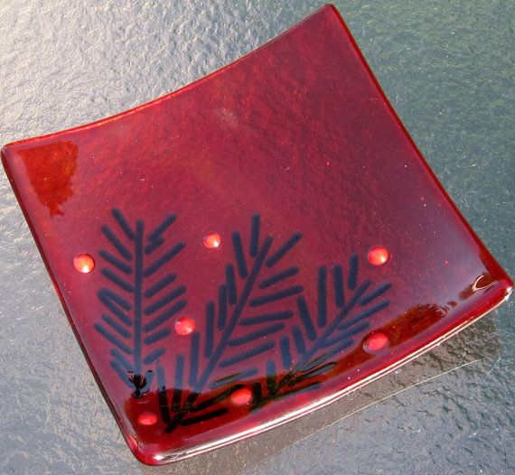 Christmas Fused Glass Dish Christmas Glass in Red by Shakufdesign