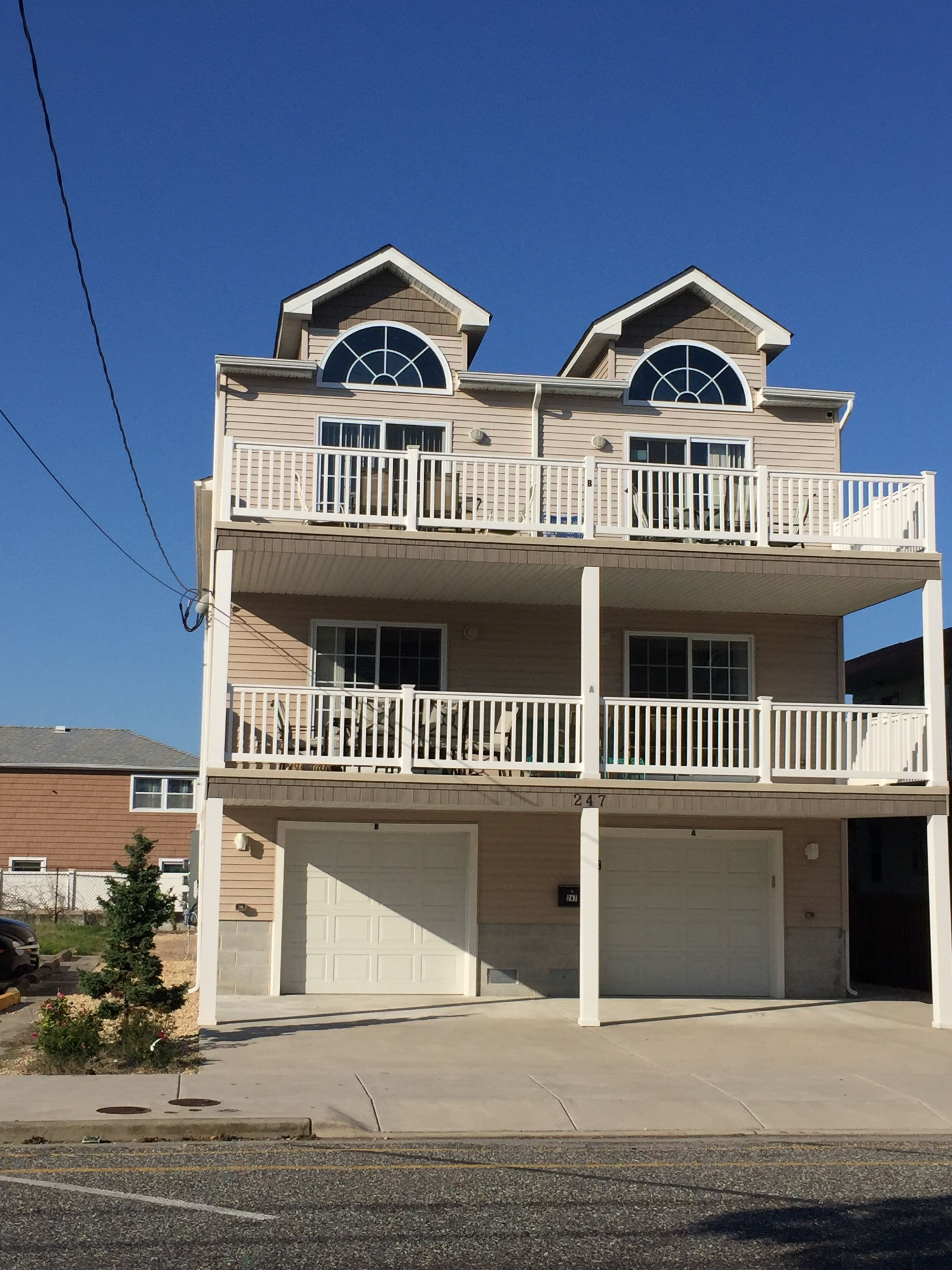 Luxury Vacation Condo Rentals Wildwood Nj Is One Of The Best Cities, To  Explore For Adventure Activity. At Night, Wildwood Comes Alive With  Grown Up Fun.