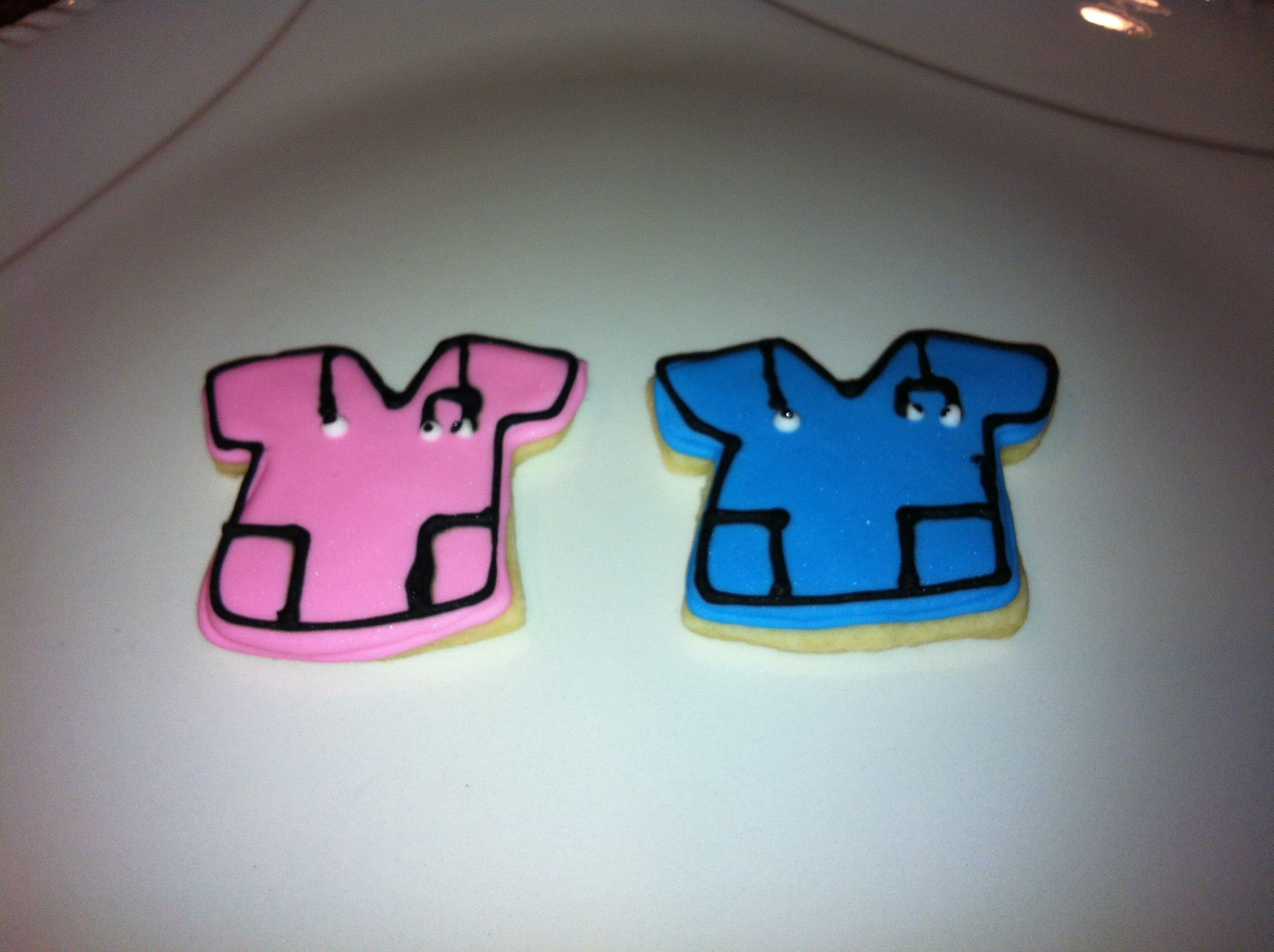 I made these cookies along with about 30 other styles, and gave them to our new surgery center in Orange Park, FL.