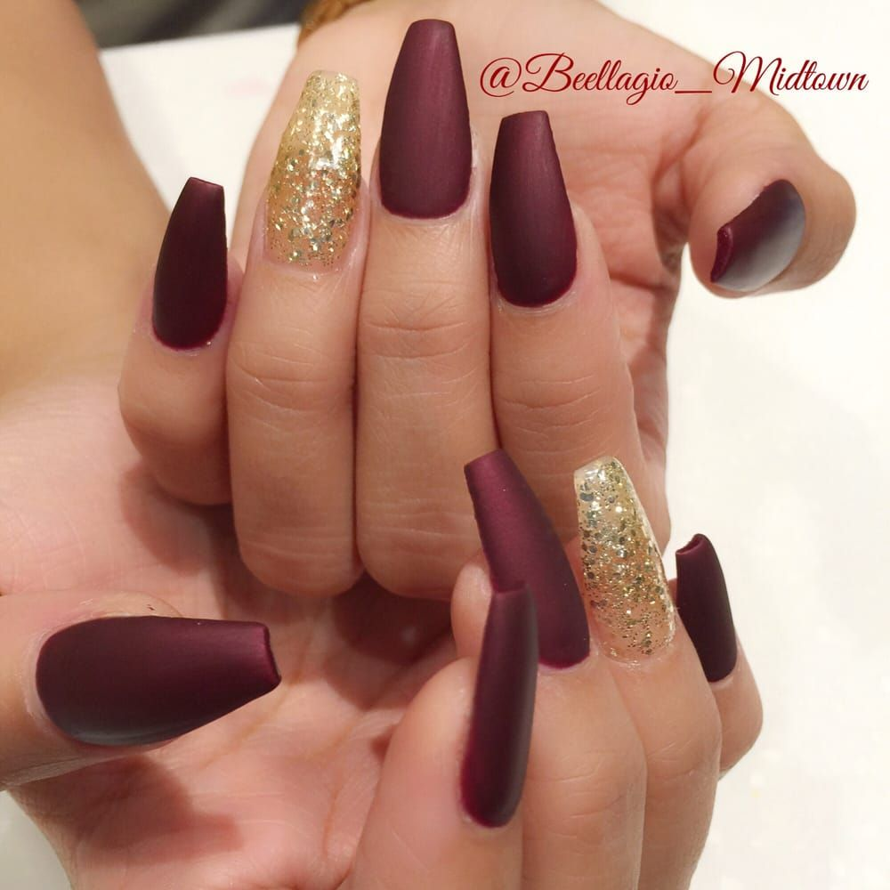 Matte Burgundy and Gold Nails Download the app #MERCARI & use my ...