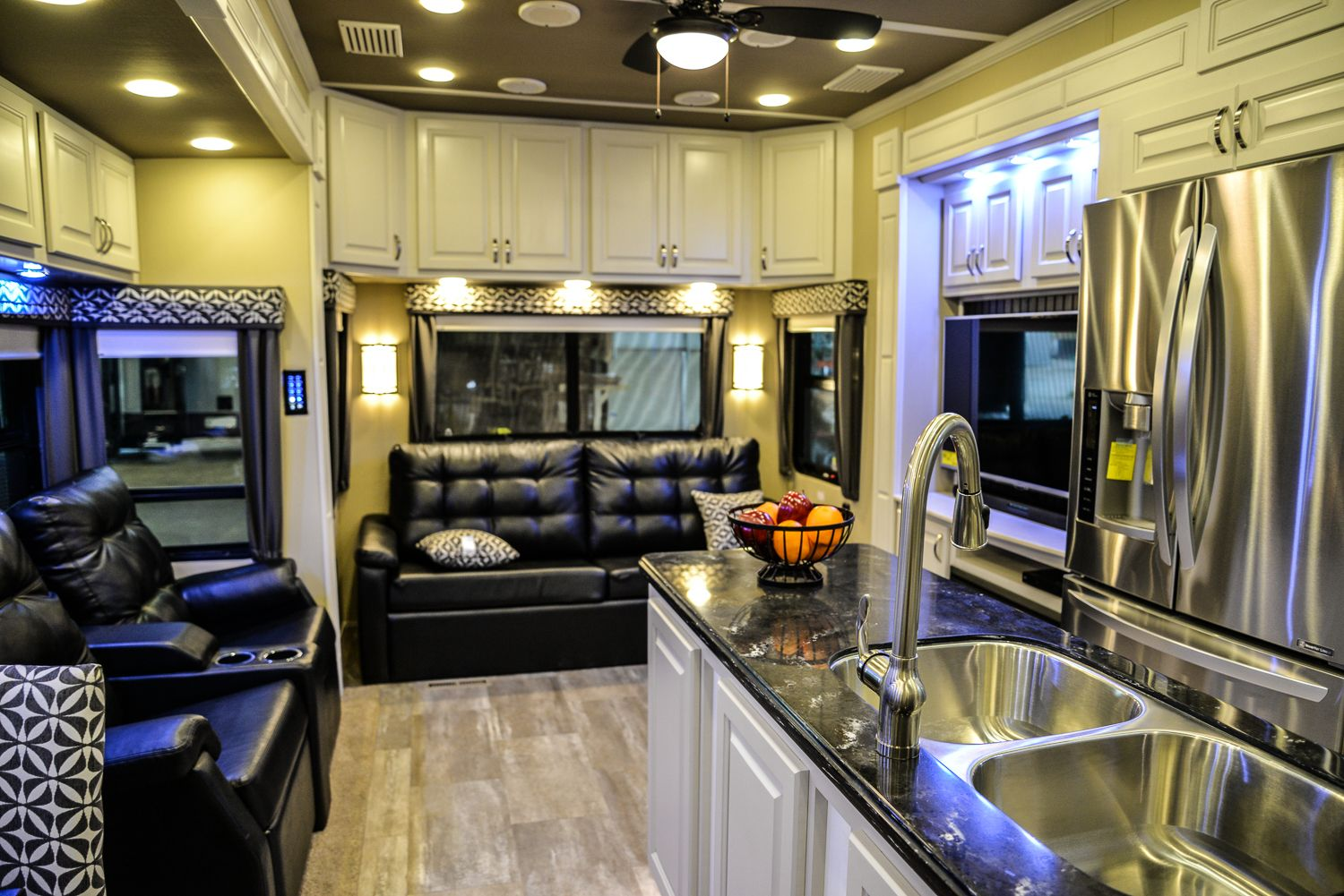 Lf 42md Luxury Fifth Wheels Augusta Rv Luxury 5th Wheels