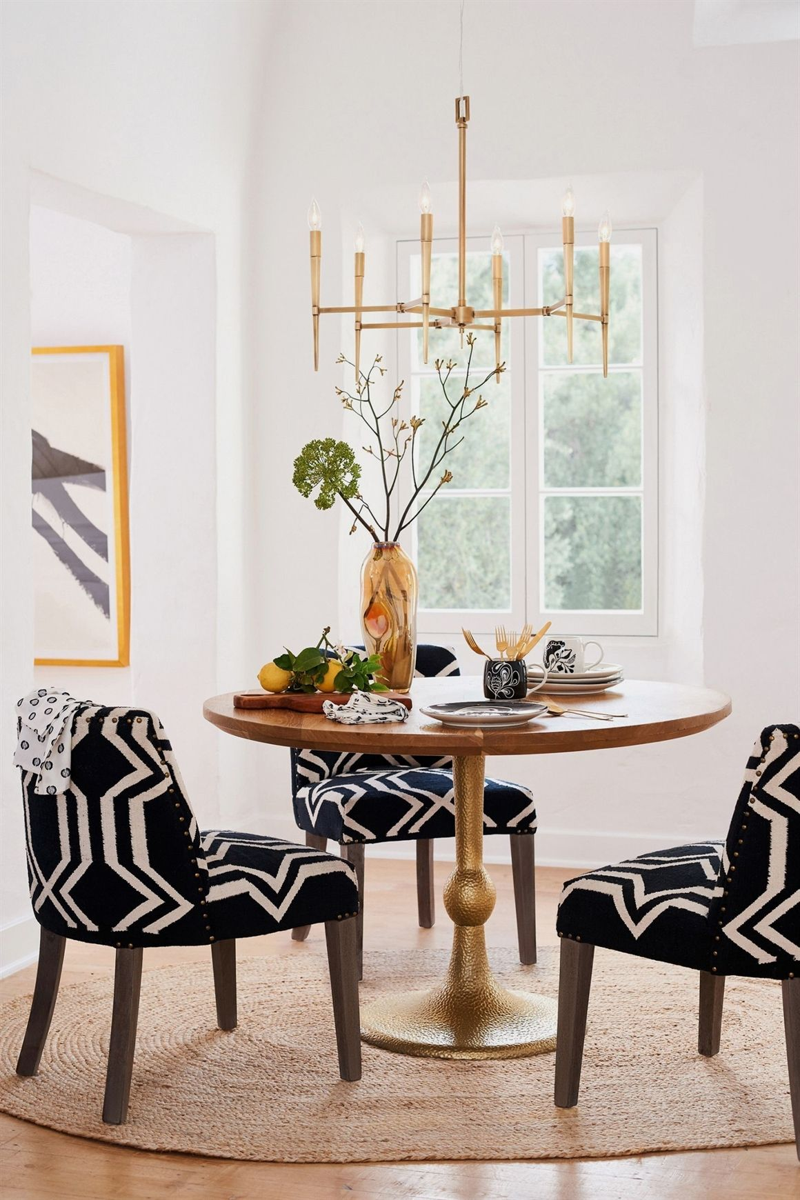 Dining Room Table Risers Design Ideas