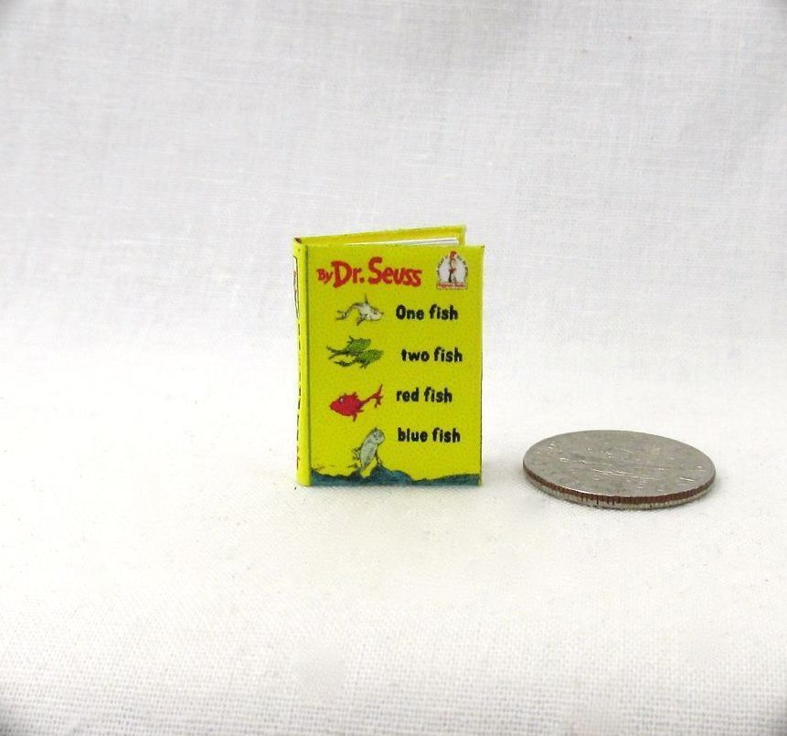 Seuss books dollhouse miniatures 2 Dr One Fish Two fish