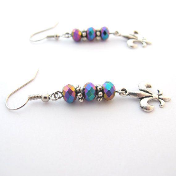 Fleur De Lis Earrings With Rainbow Iridescent di MoonlightShimmer, $10,00