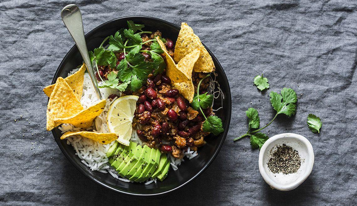 Slow Cooked Carne Asada Taco Bowls #HealthyRecipes #Tacos #Avocado #Lime #Asado #asadatacos
