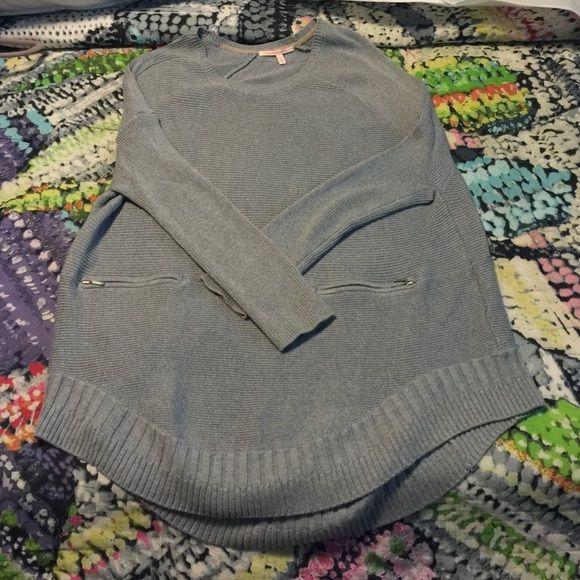 Oversized grey sweater Victoria Secret oversized grey sweater Victoria's Secret Sweaters Crew & Scoop Necks