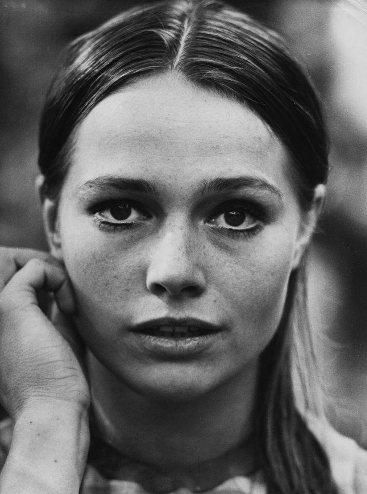 Eva Renzi on IMDb: Movies, TV, Celebs, and more... - Photo Gallery - IMDb