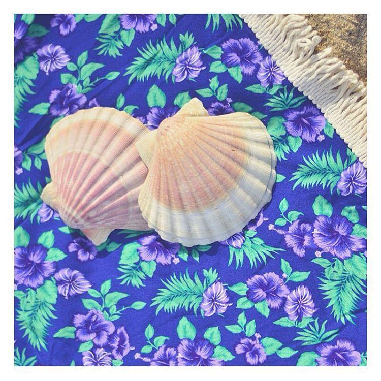Coleção 2016 ... #muitoamor!! Estampas exlusivas, de viscose com seda ... Compra tua canga redonda on line: www.ateliejuju.com ! Segue @adoroateliejuju ... Ainda tem a promoção e vem uma bolsa JUJU de presente ! #adoroateliejuju #onlineshopping #cangaredonda #canga #riodejaneiro #carioca #praia #verao #sereia #summerlovers #nature  #followthesun #eupraiana #goodvibes #love #amor #photooftheday #beach #indie #gypsy #bohemian #wanderlust #lifestyle #summer #yoga #surf #yogagirls…