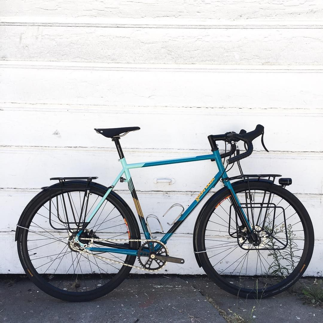 We just built this really cool bike for @geekhousebikes !!!
