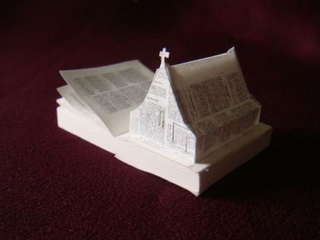 ARCHIE MOORE > From series : Ten Missions From God. Mini Bible.