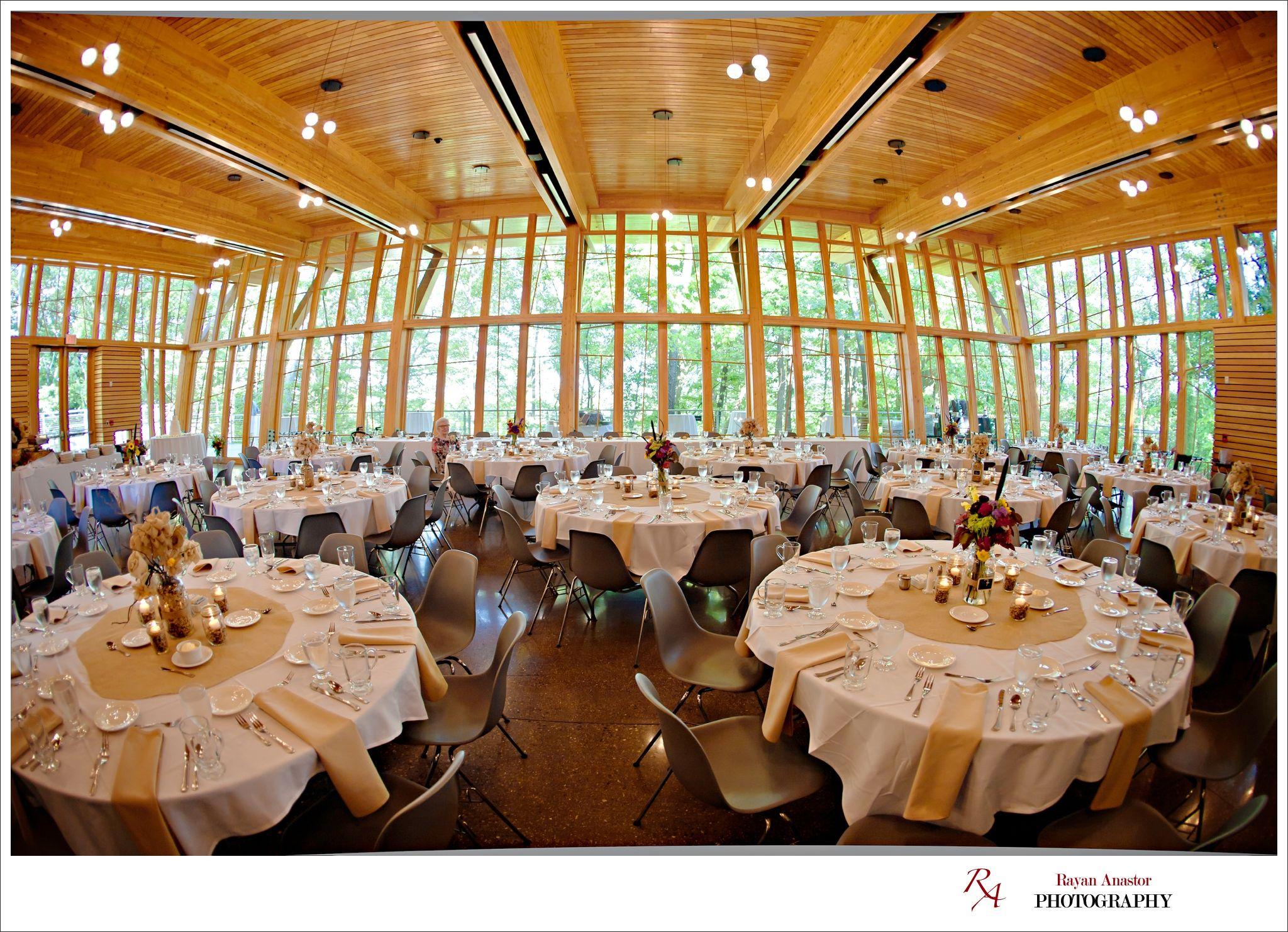 John Ball Park Zoo Bis Tree House Wedding Reception Rayan Anastor Photography Grandrapids