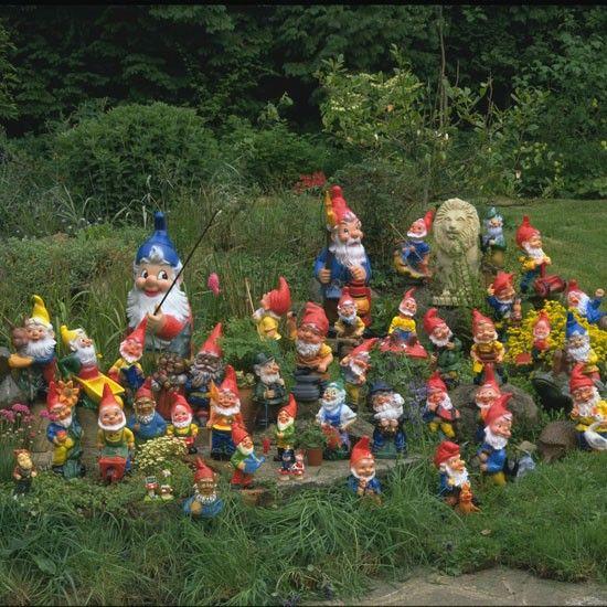 a family of gnomes! haha too funny!