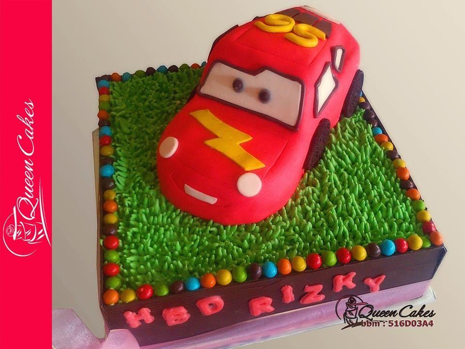 Mc Queen By Queen Cake Cake 1 Base Kue Tart Atas Spiku Lapis Surabaya Size 24 Square 2 Topper Kue Tart Bawah Sponge Queen Cakes Cake Cake Queen