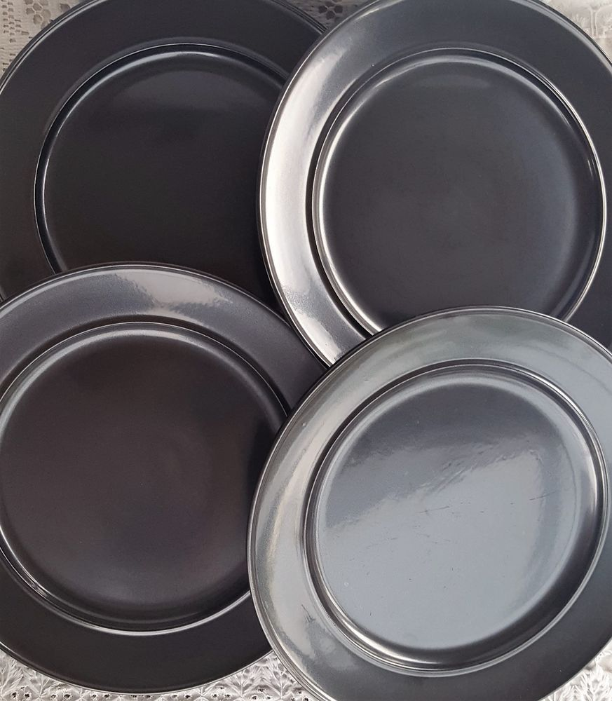Set of 4 Ballard Designs Pewter Charcoal Dark Grey Stoneware Dinner Plates #BallardDesigns & Set of 4 Ballard Designs Pewter Charcoal Dark Grey Stoneware Dinner ...
