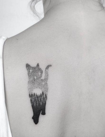 Un Bras Dans La Chatte : chatte, Beautifully, Designed, Tattoos, Women, Tatouage, Chat,