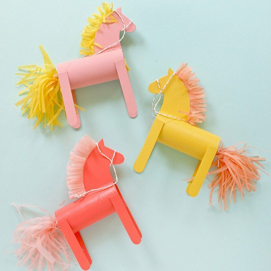 Handmade Charlottes Instagram Post Mutmassung Diy Treat Filled Pony Party Favors Are On The Sin In 2020 Bastelideen Susse Basteleien Kinder Basteln Mit Naturmaterialien