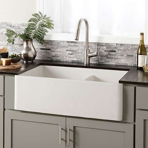Instantly Upgrade Your Luxury Kitchen With The Farmhouse Double Bowl Kitchen Sink Cr Farmhouse Sink Kitchen White Farmhouse Sink Farmhouse Apron Kitchen Sinks
