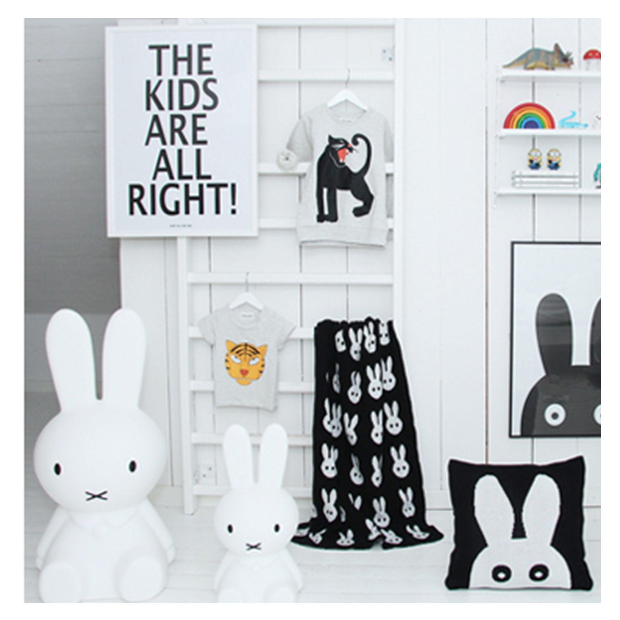 Material: Weißes Qualitätspapier Größe: B50xH70cm Farbe: Schwarz ...