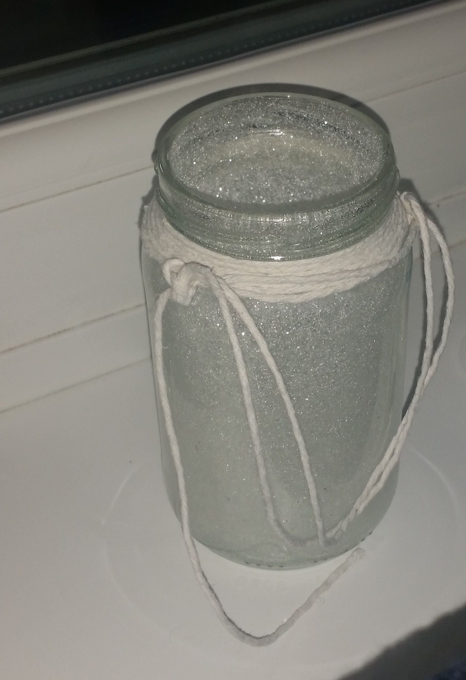 outside or inside hanger jar