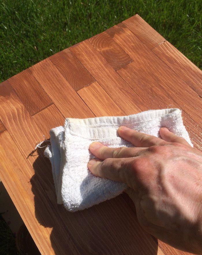 Williams Sonoma Inspired DIY Outdoor Bench Casa jardin, Aparadores - como hacer bancas de madera para jardin