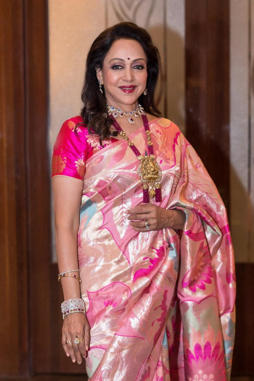 235d066ab9d Hema Malini Ethereal in Warp  n Weft Khinkhwab Banarasi Rose Saree at Isha  Ambani Wedding