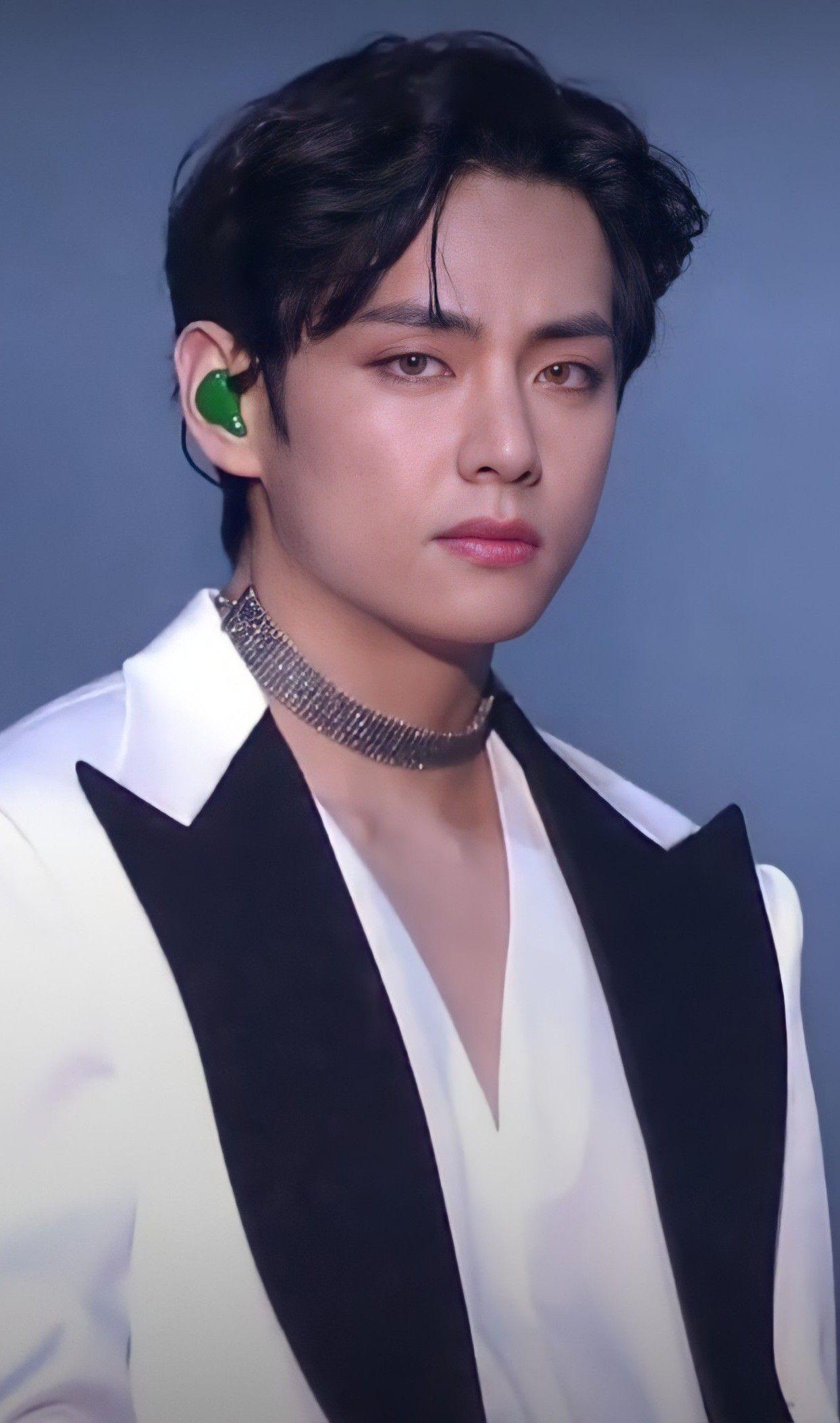 Pin By Yam Asu Mukudi On Taehyung In 2021 Taehyung Bts Taehyung Kim Taehyung
