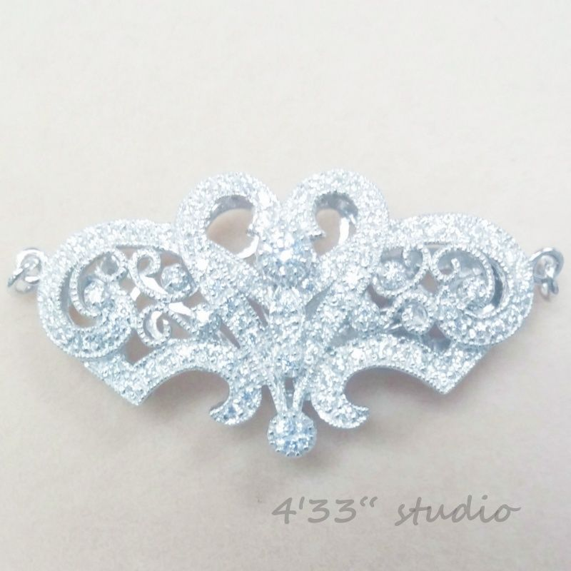 item no.:S-CL006-RH  925 SILVER (RHODIUM PLATING)  COLOR: WHITE GOLD  C.Z. STONE